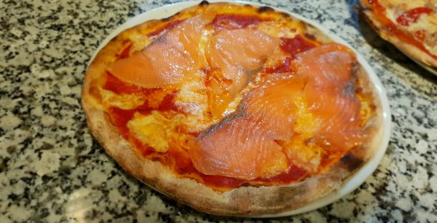 Pizza Ai Salmone